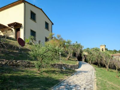 Photo for Cosy apartment for 4 guests with pool, WIFI, TV, balcony, pets allowed and parking