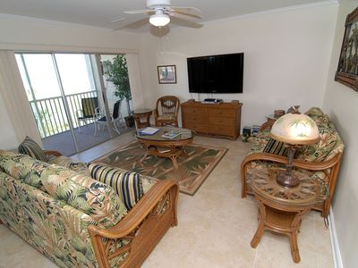 Photo for Sanibel Siesta on the Beach unit 503