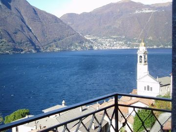 Comfortable, fully equipped villa with magnificent views of Lake Como