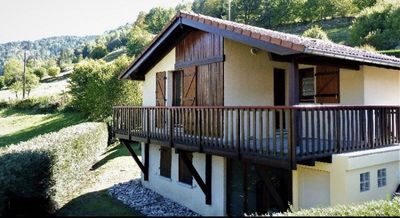Photo for Cat chalet perched in a haven of peace in the heart of the Vosges