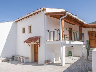Photo for Beautiful Cottage near PENELA Casa de Campo de Oliveiras - COTTAGE 1 & 2
