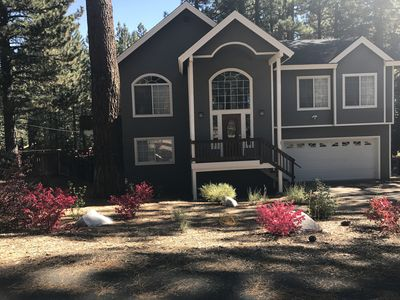Luxurious home convenient to everything in South Lake Tahoe. Family friendly
