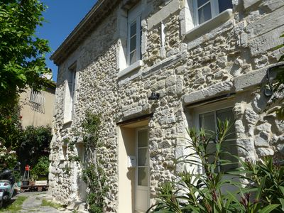 Photo for Townhouse located in the area saved 5 minutes from Avignon.