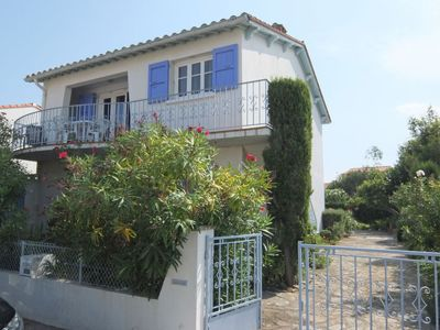 Photo for 2 bedroom Apartment, sleeps 6 in Saint-Cyprien-Plage with WiFi
