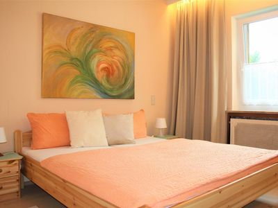 Photo for Ruby Double Room - Golden Earth Center