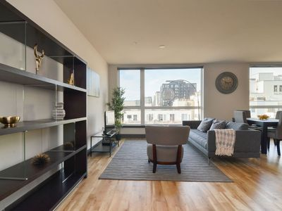 Photo for Waterfront+Pike Place 1 Bedroom Water Views 8 AT