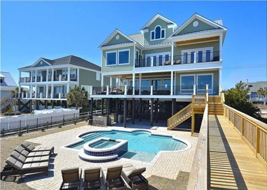 Luxurious Oceanfront Home With Swimming HomeAway Garden City