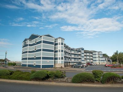 Photo for Beautiful bayfront condo in the heart of Lincoln City's Taft district.