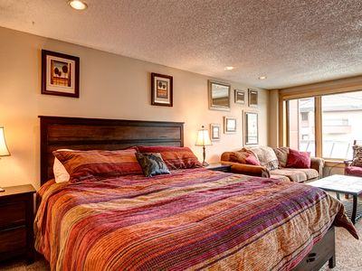 Photo for Upgraded Ski-in/ski-out Studio! King Bed 1 Block to Main St. Pool/Hot Tubs Sauna