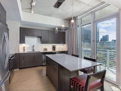 Photo for Brand new Wyndham resort in the heart of Austin - 1B Deluxe, Sleeps 4