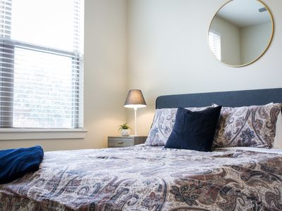Photo for Dormigo Modern First Floor Two Bedroom Steps from East 6th
