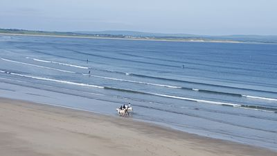 Photo for 5BR House Vacation Rental in Enniscrone, Sligo