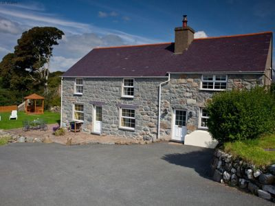 Photo for Vacation home Dwynie in Porthmadog - 6 persons, 3 bedrooms