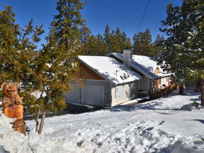 Photo for Stylish Clean Cabin, HOT TUB, Foosball, Gameroom, Wifi, Basketball, Near SLOPES