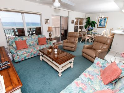 Photo for Islander 5009: ALL THE LUXURIES OF HOME - WiFi, Free Beach Chairs, KEYLESS
