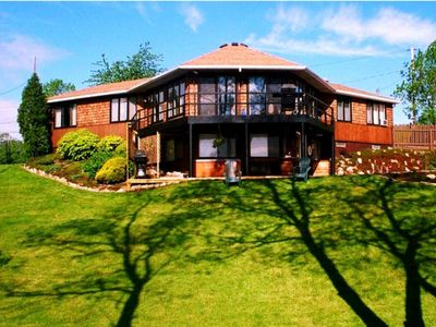 Photo for HOME - ON THE RIVER -  POOL & HOT TUB - ON the Niagara River Great View !