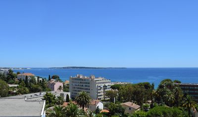 Photo for Newly renovated apartment with wonderful sea views, pool and garage.