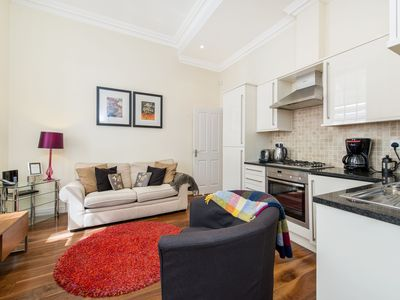 Photo for Enjoy Theater & The Strand In This Fabulous 1 Bedroom Near Victoria Embankment