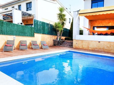 Photo for Nice apartment for 8 guests with A/C, private pool, WIFI, TV, balcony and parking
