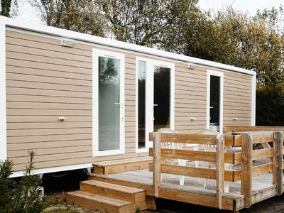 Photo for Luxury mobile home with wooden terrace in beautiful Normandy