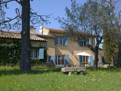 Photo for Charming Provencal farmhouse with swimming pool on 5ha - Absolute calm