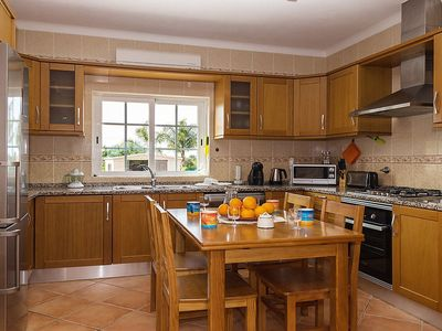 Photo for Apartment in Alcantarilha with Parking, Internet, Washing machine, Air conditioning (485222)