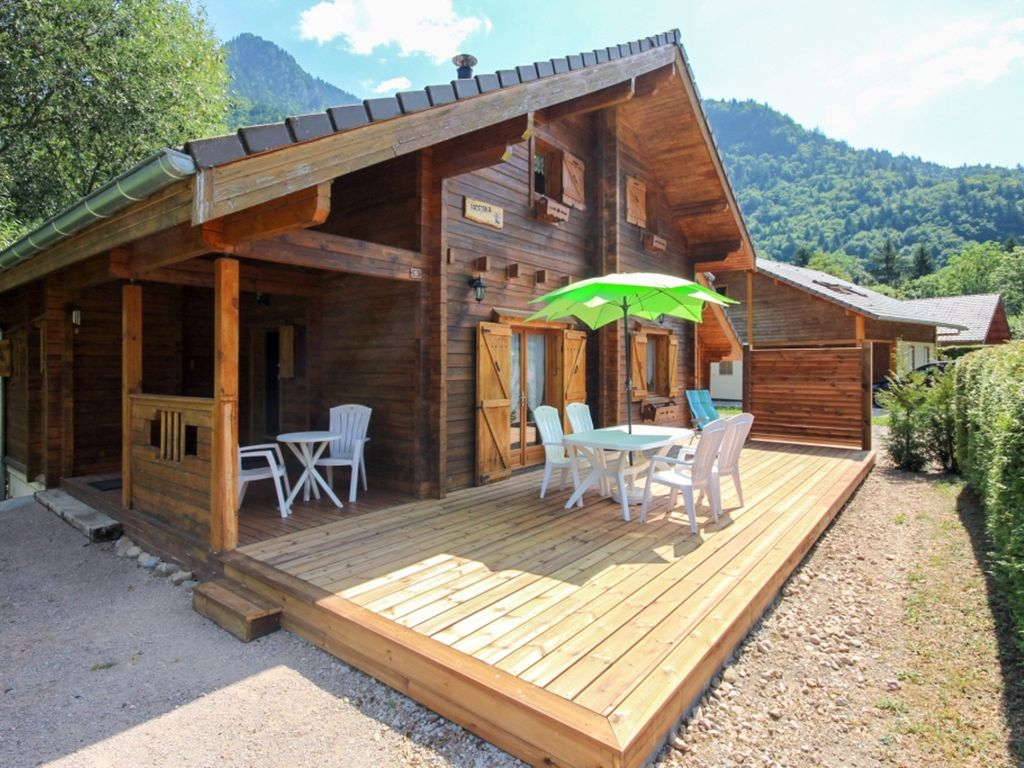 Superbe chalet avec terrasse and Wifi