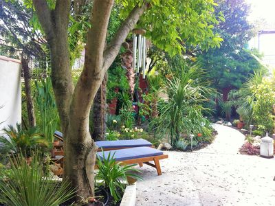 Photo for HOUSE WITH GARDEN for FESTIVAL AVIGNON (6 persons)