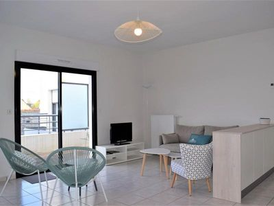 Photo for Apartment Perros-Guirec, 2 bedrooms, 5 persons