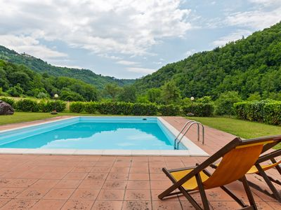Photo for Peaceful Apartment in Fosciandora with Pool