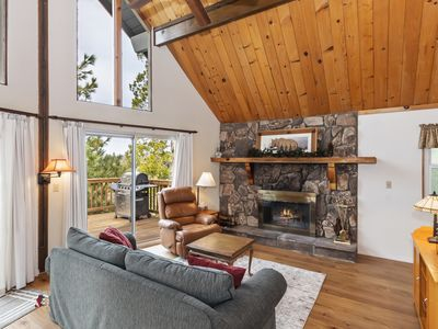 Photo for This light and bright cabin will capture your heart and relax your mind!