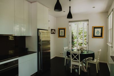Koonawarra | 3 bedrooms| fully equipped kitchen