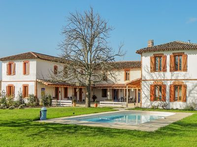 Photo for Feel at home and relax in this nice mansion in a gorgeous area.