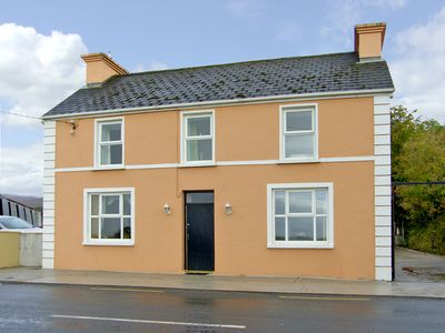 Photo for 3BR Cottage Vacation Rental in Castlemaine, Kerry