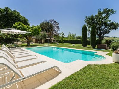 Photo for Villa Maria with heated pool in the hills of Marche region, 20 minutes from the Adriatic coast