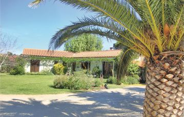 Search 552 holiday lettings