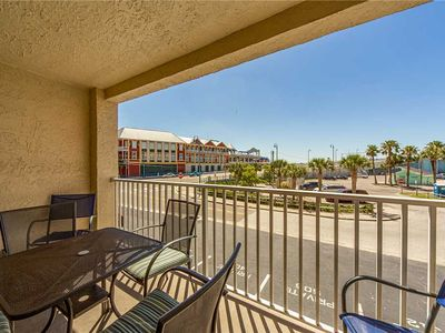 Photo for John's Pass Remodeled & Tastefully Furnished in Beach Front Complex - Free Wifi - Beach Place 102