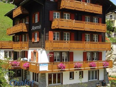 Photo for Apartment Chalet Alpenruh in Saas-Fee - 5 persons, 3 bedrooms