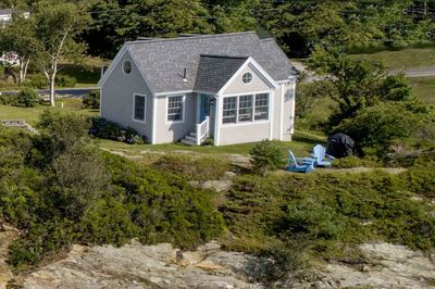 Front view of cottage, facing the ocean.