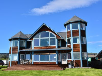 Photo for 5BR Lodge Vacation Rental in Homer, Alaska