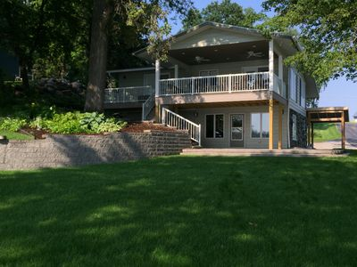 Photo for Perfect Lake Home Getaway! 6 Bedrooms,  Pontoon included in Season