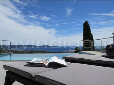 Photo for 4 bedroom air-conditioned villa with heated pool near Cavalaire sur mer