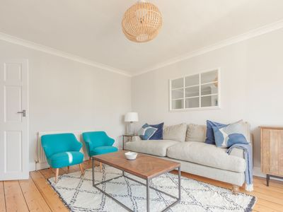 Photo for Rafters ~ 2 bedroom apartment in the centre of Whitstable!