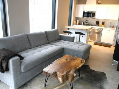 Photo for Amazing 1BR Unit in Popular King St. W. - Sleeps 4