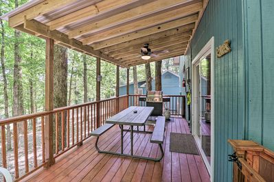Relax on the covered deck and fire up the grill for cookouts.