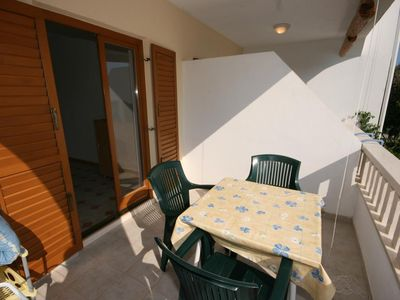 Photo for One bedroom apartment near beach Mandre (Pag) (A-6518-c)