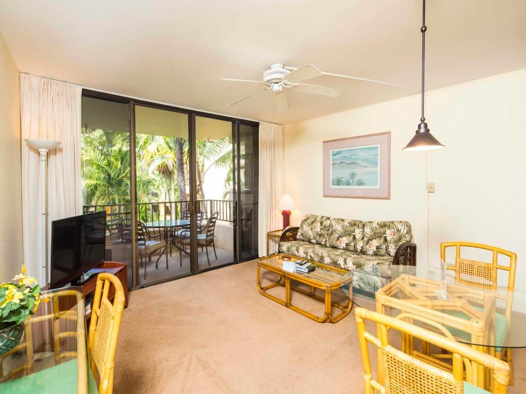kaanapali bliss ac ceiling fans wifi tvs kitchen. Black Bedroom Furniture Sets. Home Design Ideas