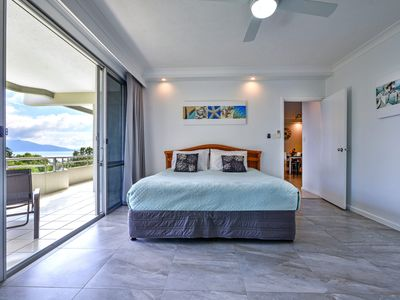 Photo for POINCIANA 101 HAMILTON ISLAND CENTRALLY LOCATED 3 BEDROOM, plus BRAND NEW BUGGY!!