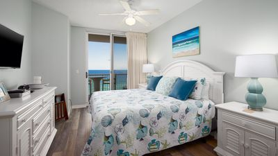 Photo for Don't Miss Out, Book Fall Now! Newly Renovated-Ocean Front-Hot Tub-3 Pools