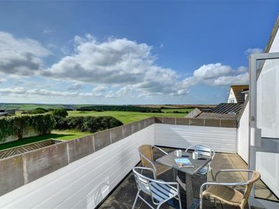 Photo for Apartment Golfer View in Newquay - 4 persons, 2 bedrooms